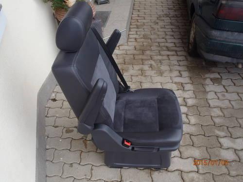 vw t5 multivan einzelsitz leder alcantara schwarz. Black Bedroom Furniture Sets. Home Design Ideas