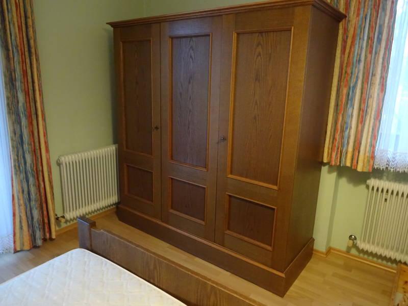 schlafzimmer mit ausziehcouch. Black Bedroom Furniture Sets. Home Design Ideas