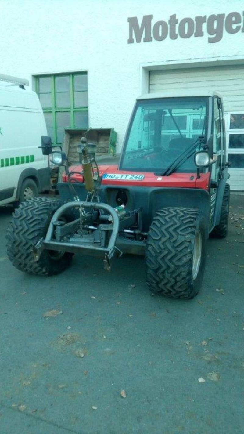9n543 Seriennummer am Traktor