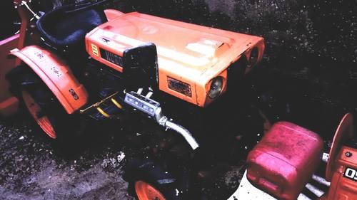 kubota b6000 allrad kleintraktor schmalspur hofschlepper. Black Bedroom Furniture Sets. Home Design Ideas