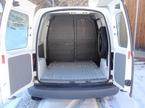 vw caddy kastenwagen 4motion 1 9 tdi. Black Bedroom Furniture Sets. Home Design Ideas