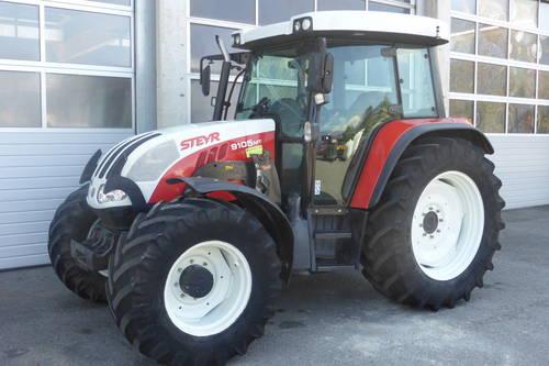 suche einen traktor steyr new holland ca 100 ps. Black Bedroom Furniture Sets. Home Design Ideas
