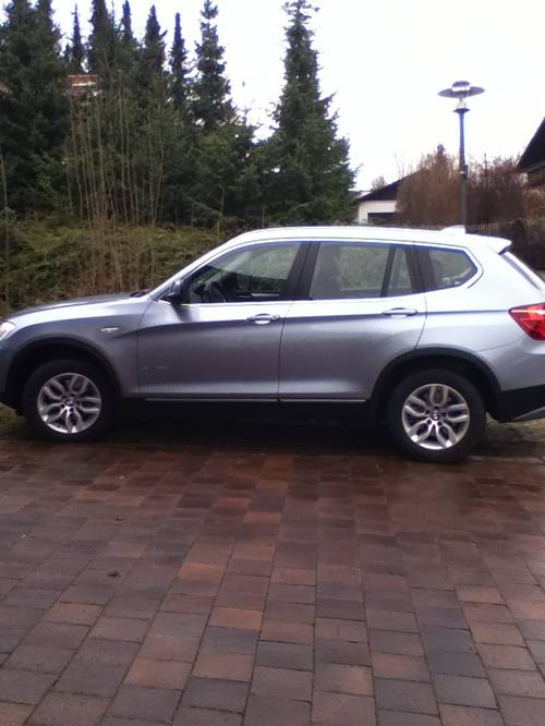 bmw x3 xdrive. Black Bedroom Furniture Sets. Home Design Ideas