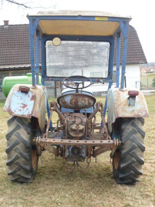 warchalowski oldtimer traktor wt25b mit mauser kabine. Black Bedroom Furniture Sets. Home Design Ideas