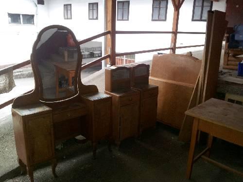 Altes Schlafzimmer zu verkaufen