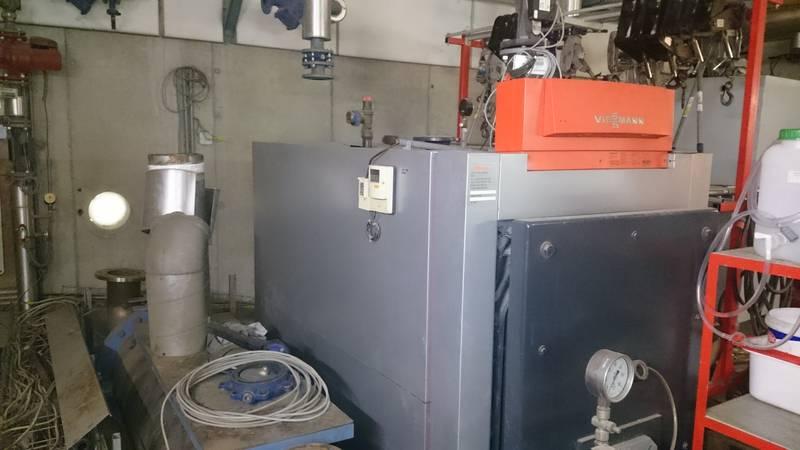 Vissmann Gaskessel mit Biogasregelstrecke und Elco-Glöckner