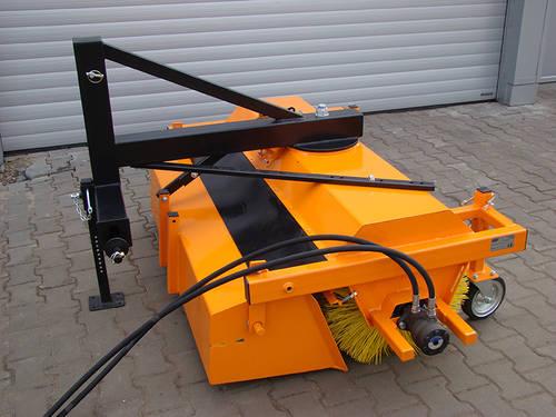 kehrmaschinen f r traktor bzw stapler. Black Bedroom Furniture Sets. Home Design Ideas