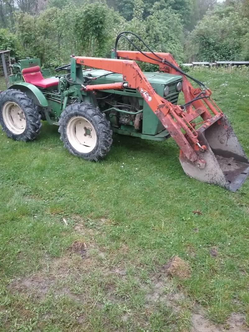traktor holder a 23 knickschlepper. Black Bedroom Furniture Sets. Home Design Ideas