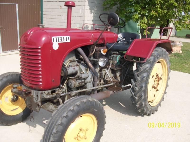 Steyr Traktor T84