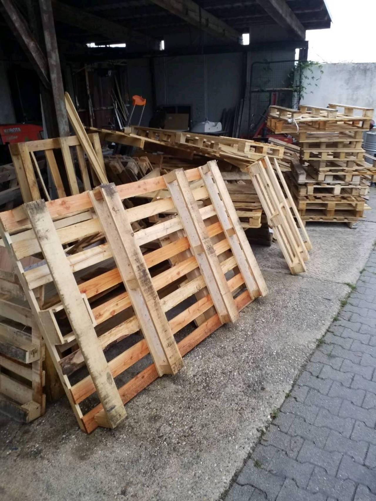 Ganz und zu Extrem Bauholz, Bretter, Bruckladen - auf www.landwirt.com &YN_07