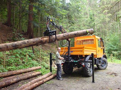 Unimog 411 Gebraucht >> Unimog U90 mit Kran und Seilwinde