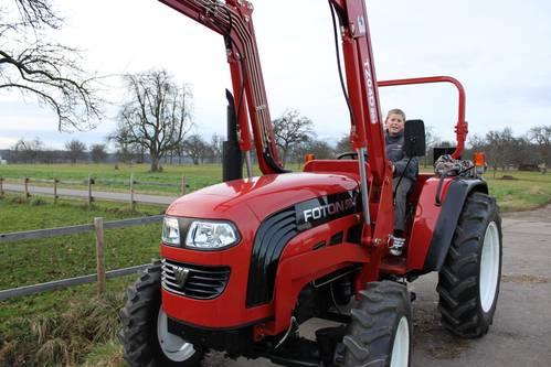 allrad traktor mit frontlader 50 ps foton ft504. Black Bedroom Furniture Sets. Home Design Ideas