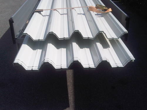 trapezbleche wellbleche isolierte bleche f r dach und wand. Black Bedroom Furniture Sets. Home Design Ideas
