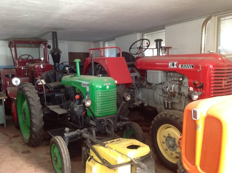 oldtimer traktor steyr 280a. Black Bedroom Furniture Sets. Home Design Ideas