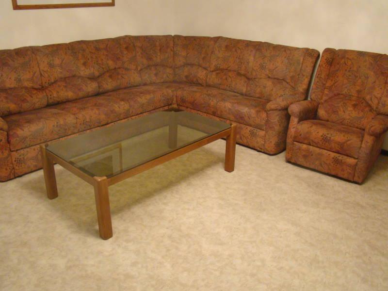 couch inkl tisch wegen umzug zu verkaufen. Black Bedroom Furniture Sets. Home Design Ideas