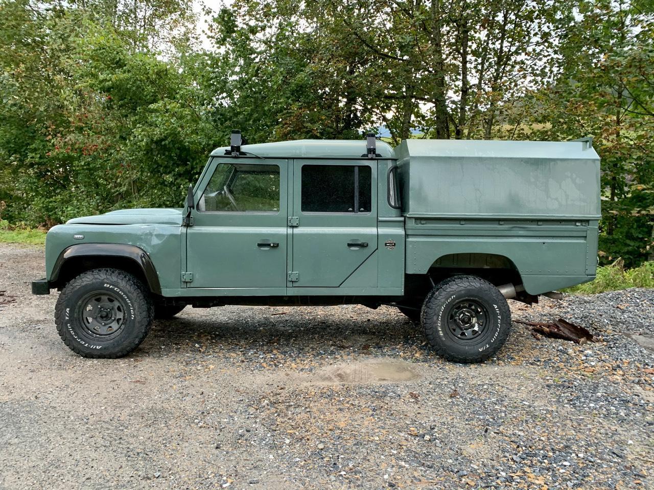 Geländewagen: Land Rover Defender 130 TD4 Crew-Cab LKW ...