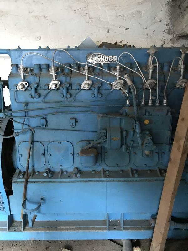 Stromaggregat: Notstromgerät mit Skoda 6-Zylinder ...