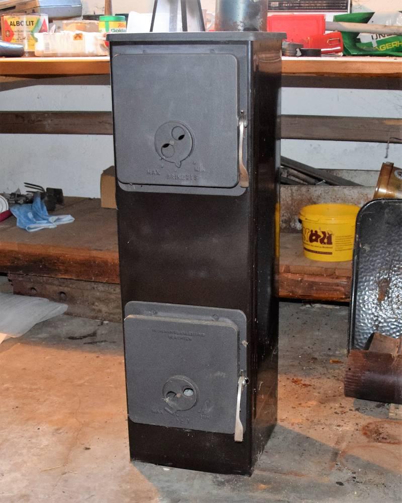 werkstattofen holzofen dauerbrandofen 5 kw neuwertig. Black Bedroom Furniture Sets. Home Design Ideas