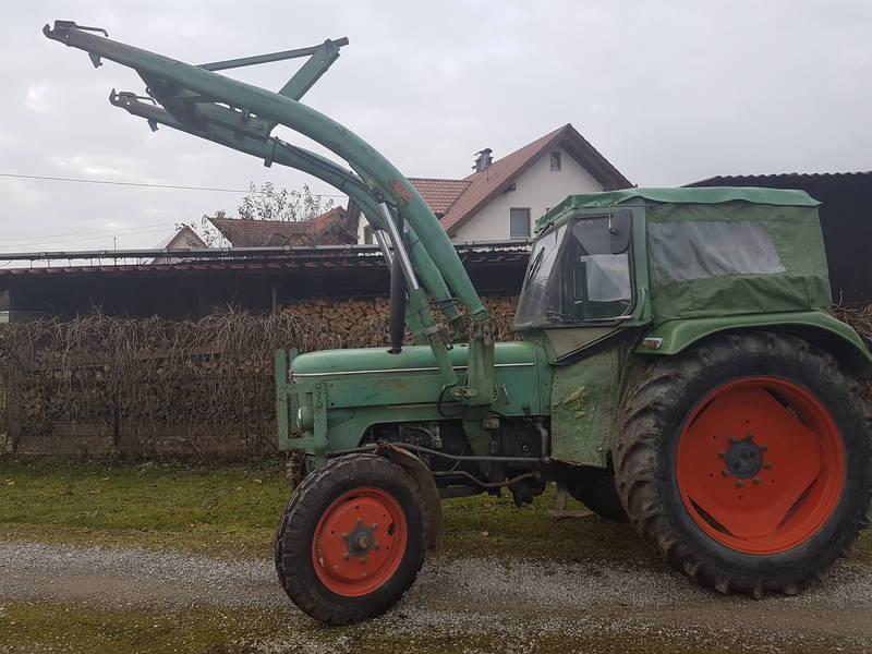 fendt farmer 3s mit frontlader traktor schlepper. Black Bedroom Furniture Sets. Home Design Ideas