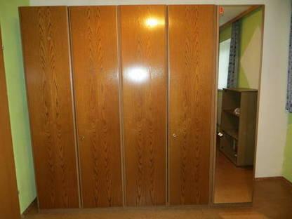 schlafzimmer wandverbau u kleiderschrank inkl spiegel. Black Bedroom Furniture Sets. Home Design Ideas