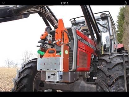 Kettensägenhalter für Traktor