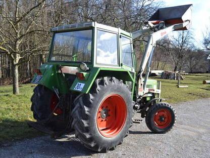 fendt farmer 104 ls turbomatik mit hauer frontlader. Black Bedroom Furniture Sets. Home Design Ideas